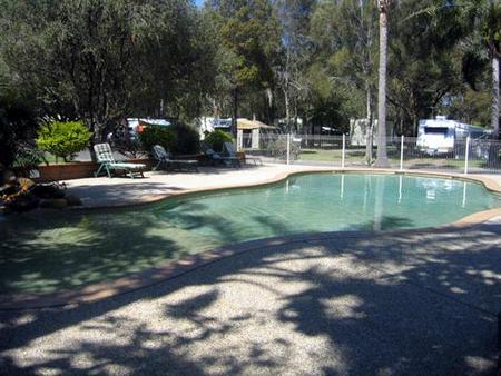 Lighthouse Beach Holiday Village - Accommodation Gold Coast