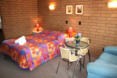 Rippleside Park Motor Inn - Accommodation Gold Coast