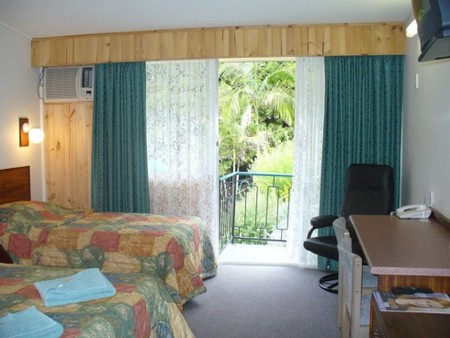 Coachman Motel - Accommodation Gold Coast