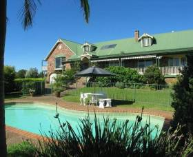 The Lodge - Far Meadow - Accommodation Gold Coast