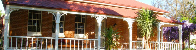 Araluen Old Courthouse Bed and Breakfast - Accommodation Gold Coast