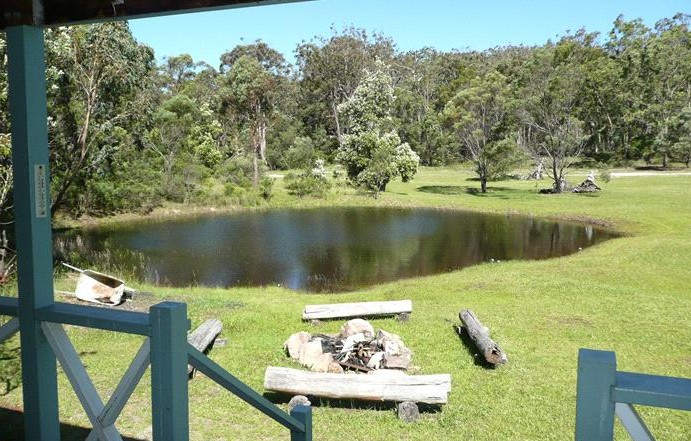 Possums Hollow and Hooters Hut - Accommodation Gold Coast