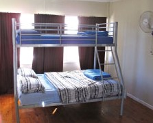 Surf N Sun Beachside Backpackers - Accommodation Gold Coast
