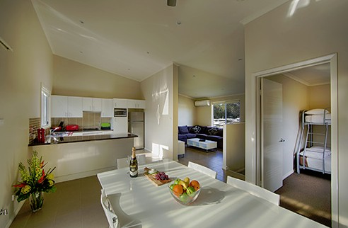 Middle Rock Holiday Resort - Accommodation Gold Coast