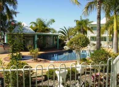 Reef Adventureland Motor Inn - Accommodation Gold Coast