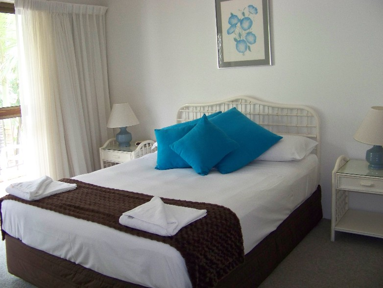 Old Burleigh Court Holiday Apartments - Accommodation Gold Coast