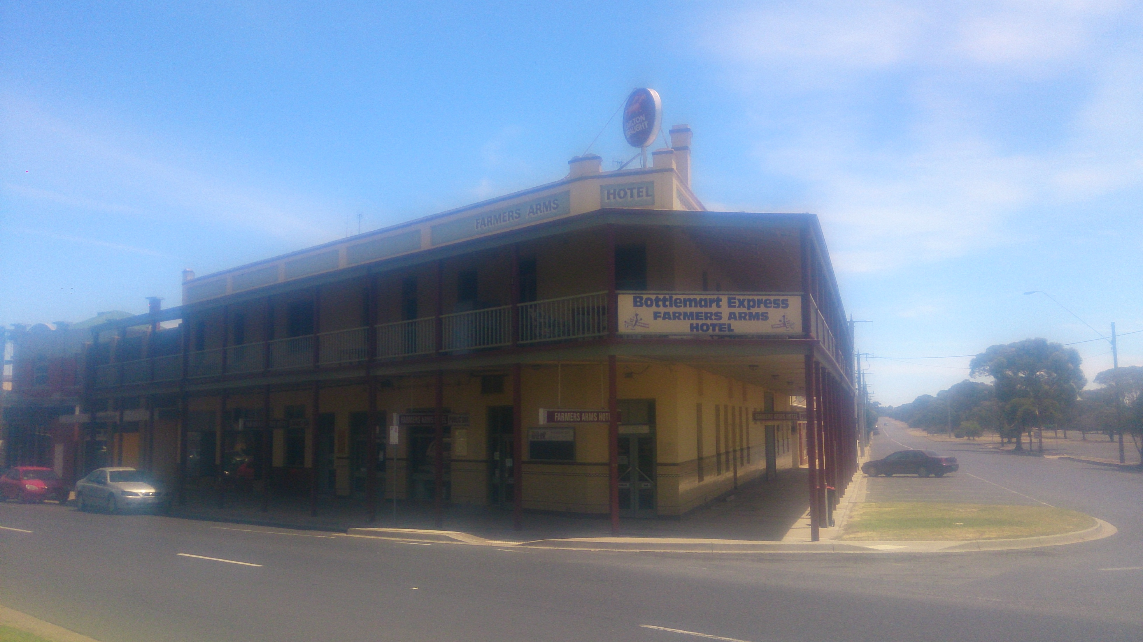 Farmers Arms Hotel - Accommodation Gold Coast