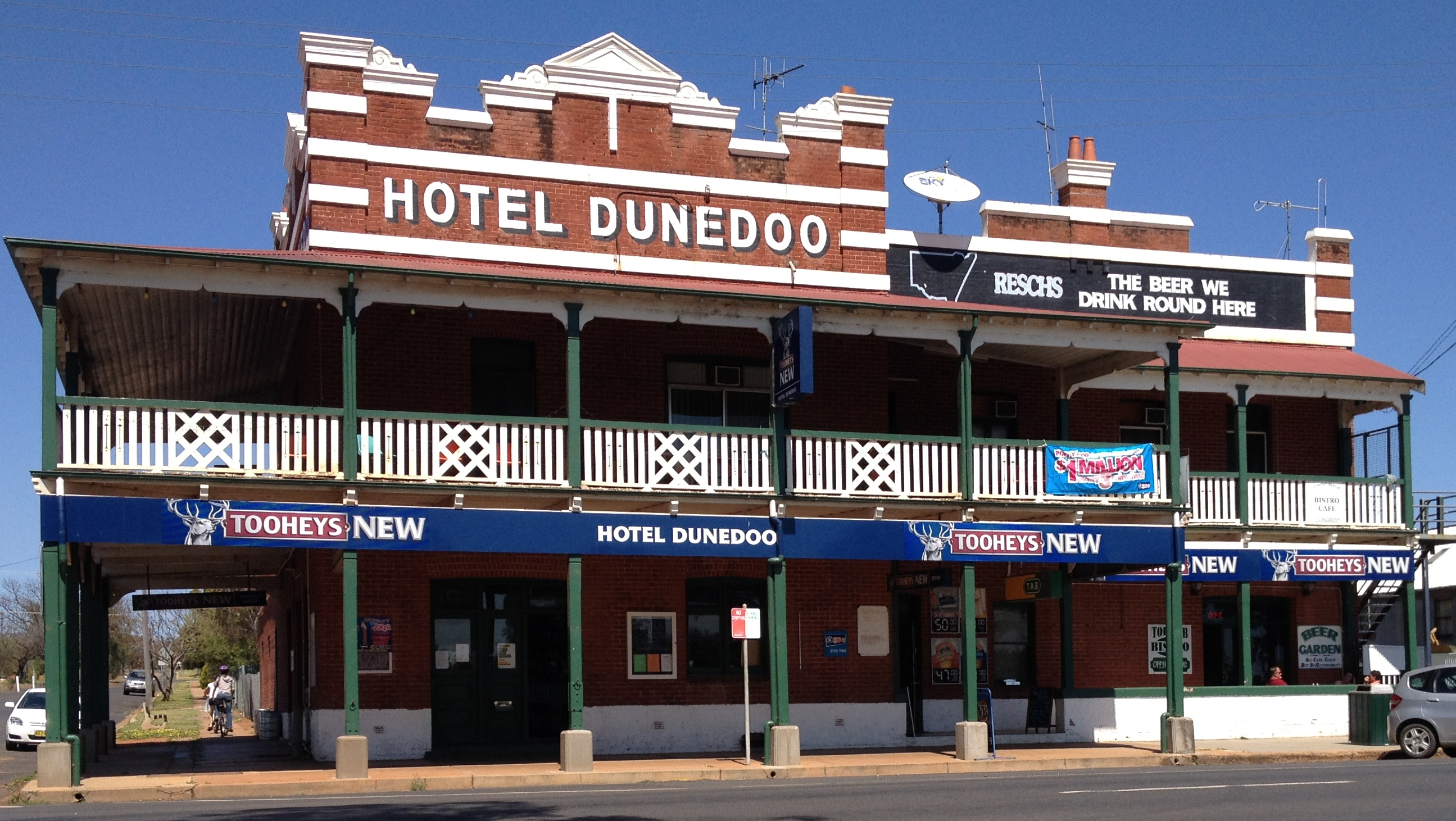 Dunedoo Hotel - Accommodation Gold Coast