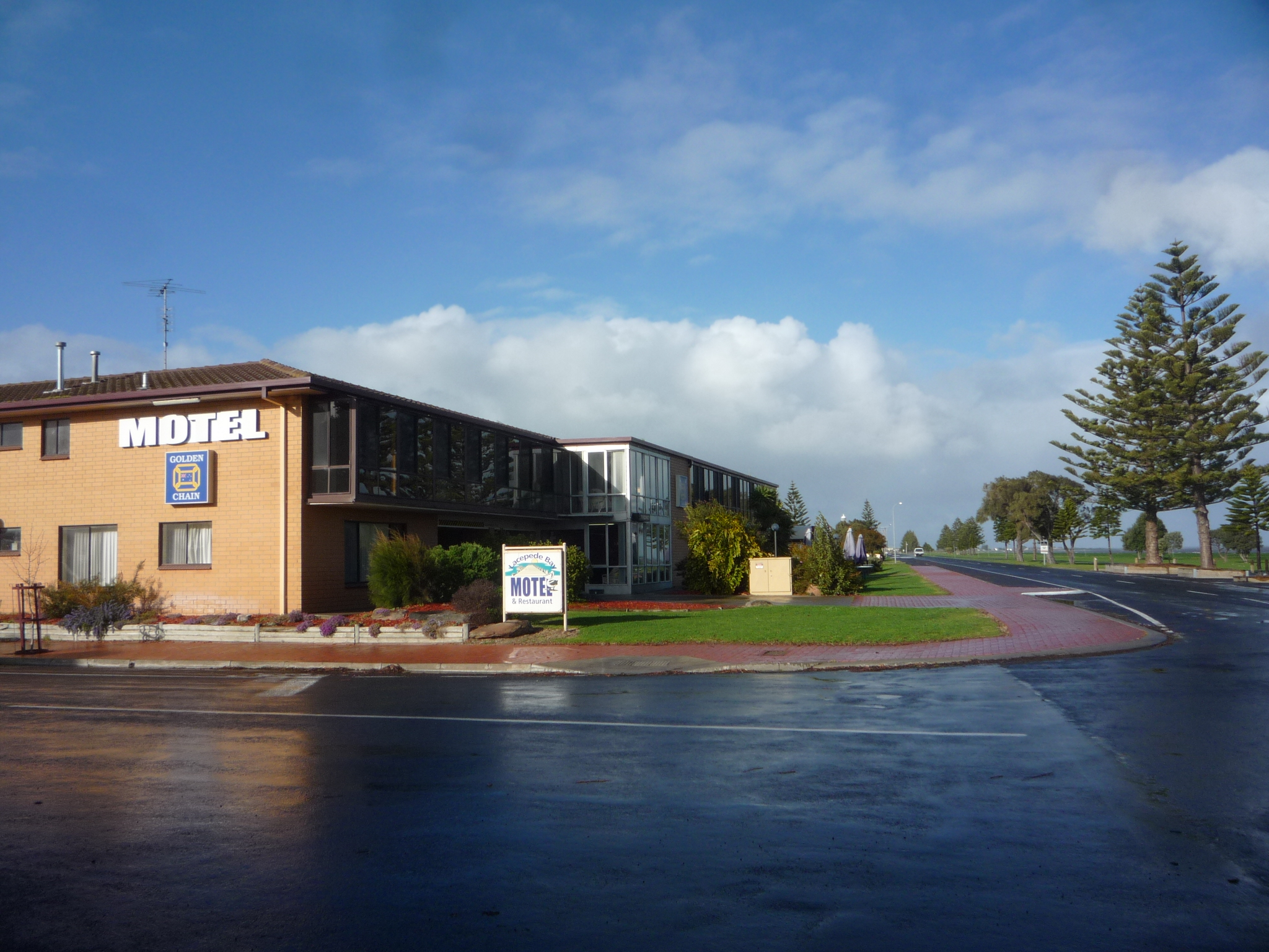 Lacepede Bay Motel And Restaurant - Accommodation Gold Coast