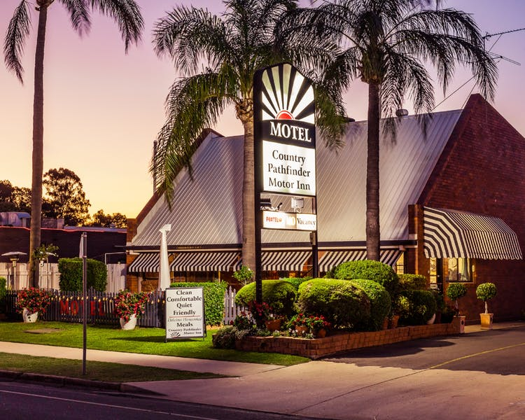 Country Pathfinder Motor Inn - Accommodation Gold Coast