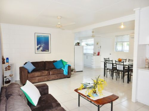 Lucinda Holiday Rentals  - Accommodation Gold Coast