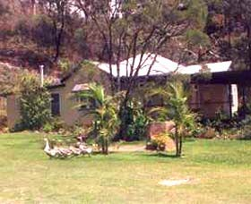 Kookaburra Cottage Farmstay - Accommodation Gold Coast