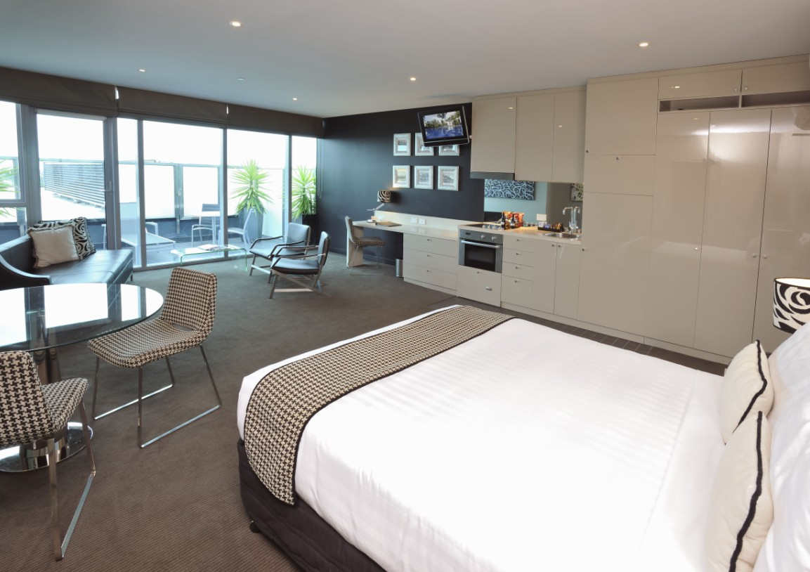 Mantra Bell City - Accommodation Gold Coast