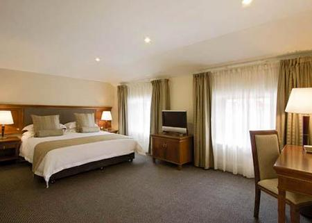 Clarion Hotel City Park Grand - Accommodation Gold Coast