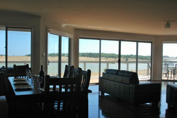 Parrydyse Clayton Bay - Accommodation Gold Coast