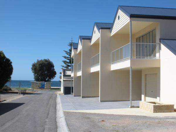 Karen's Cabins and Apartments - Accommodation Gold Coast