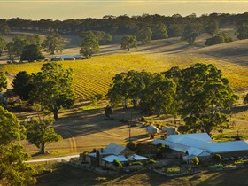 Hutton Vale and Farm Follies - Accommodation Gold Coast