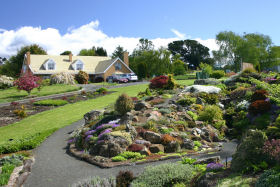 Kaydale Lodge Gardens - Accommodation Gold Coast