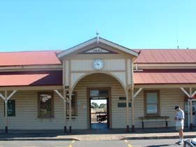 Maryborough Railway Station - Accommodation Gold Coast