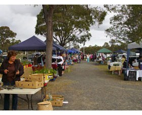 Nikenbah Markets - Accommodation Gold Coast