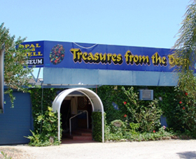Treasures from the Deep - Opal and Shell Museum - Accommodation Gold Coast