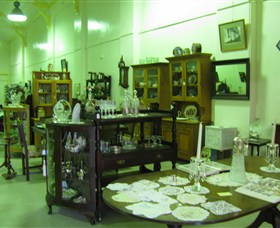 Glenleigh Antiques - Accommodation Gold Coast