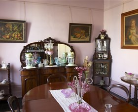 Jerilderie Historic Residence - Historic Home and Gardens - Accommodation Gold Coast