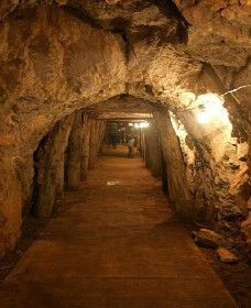 Wellington Caves and Phosphate Mine - Accommodation Gold Coast