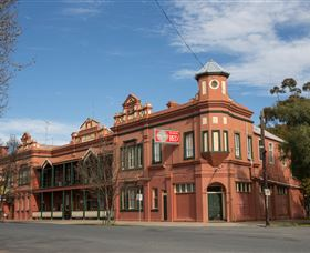 Culcairn Hotel - Accommodation Gold Coast