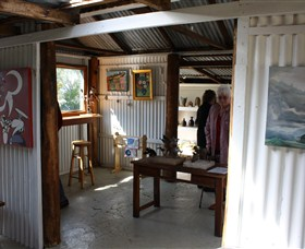 Tin Shed Gallery - Accommodation Gold Coast
