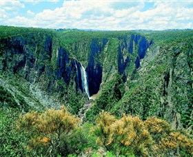 Wollomombi Falls - Accommodation Gold Coast