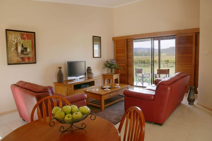 Nightingale Wines Luxury Villas - Accommodation Gold Coast