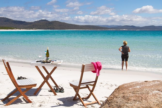 4x4 and Lunch Full Day Freycinet and Wineglass Bay - Accommodation Gold Coast