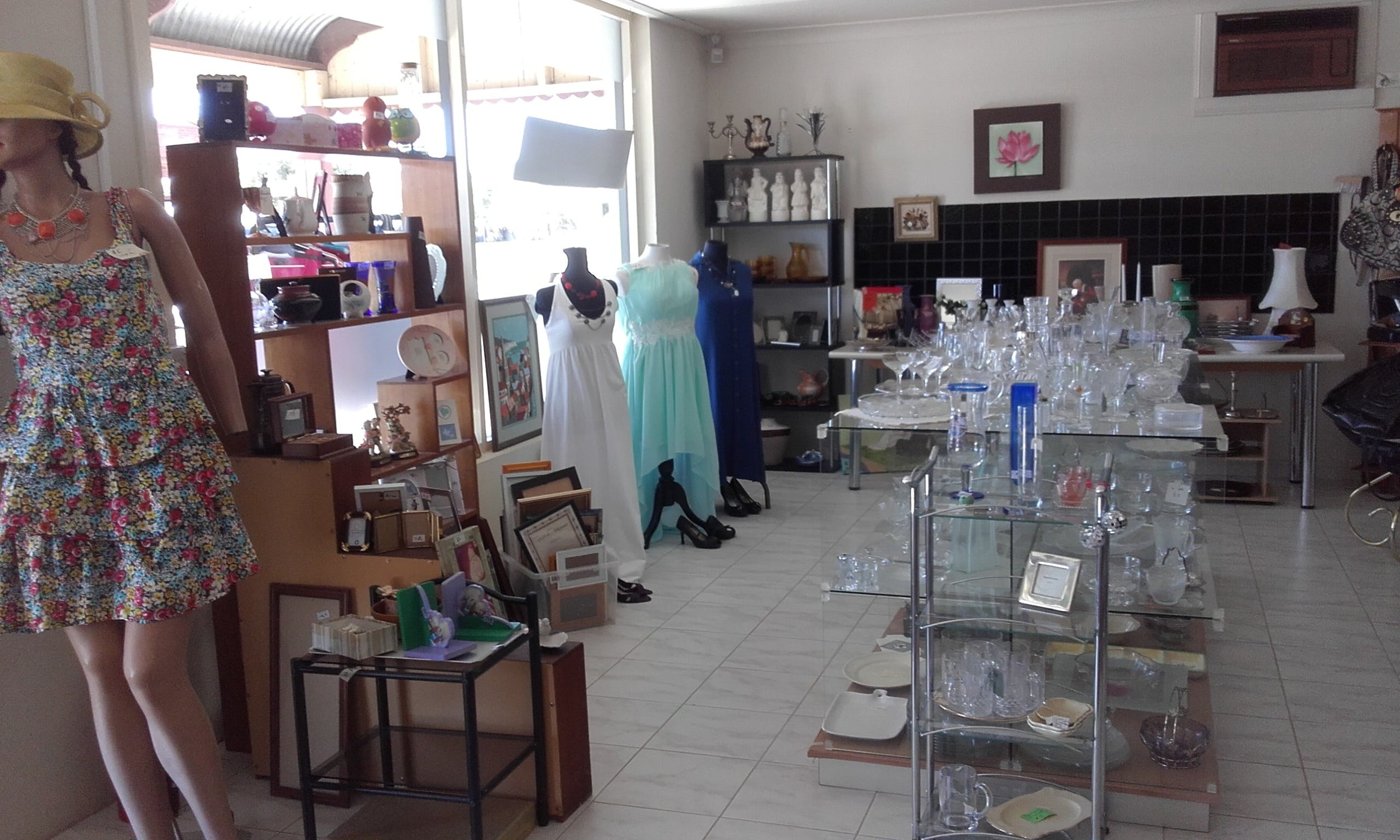 Hunters Haven Anglican Op Shop - Accommodation Gold Coast