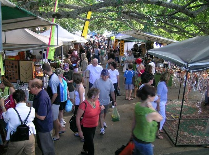 Eumundi Markets - Accommodation Gold Coast