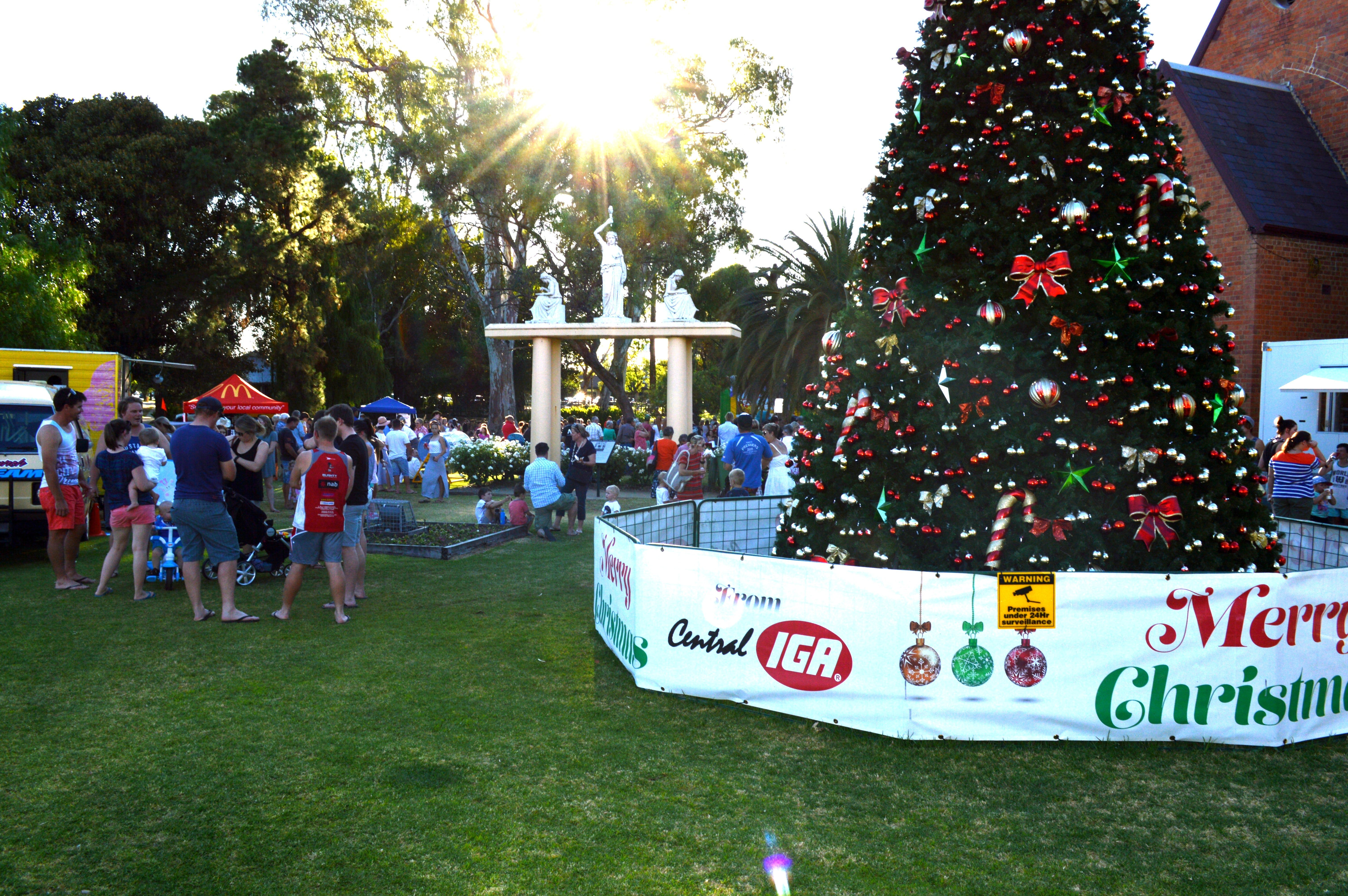 Community Christmas Party and Carols by Candlelight - Accommodation Gold Coast
