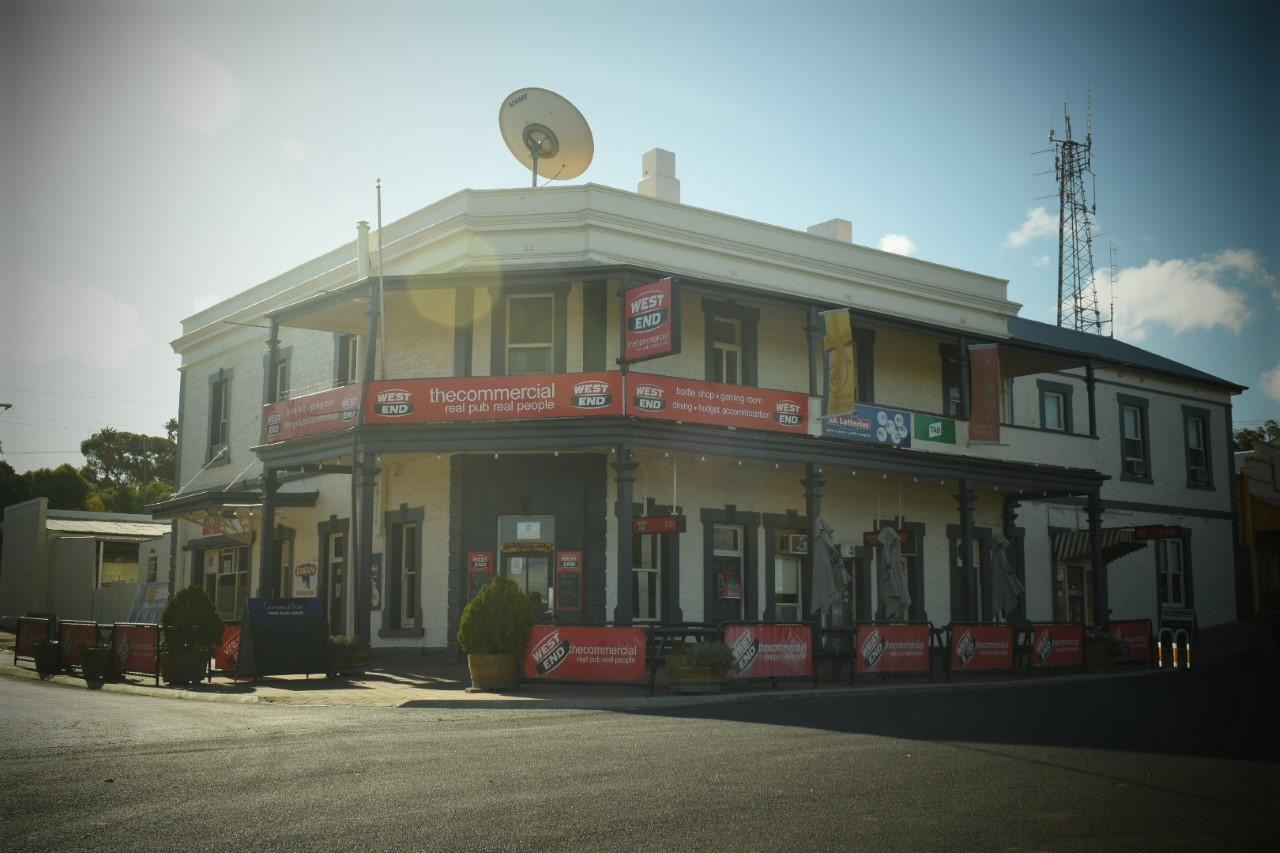 Commercial Hotel Morgan - Accommodation Gold Coast