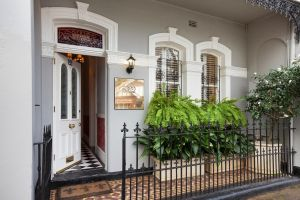 Stunning Terrace in Centennial Park - Accommodation Gold Coast