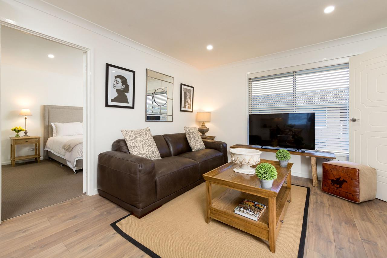 Sleeping in Style - Central  Sophisticated - Accommodation Gold Coast