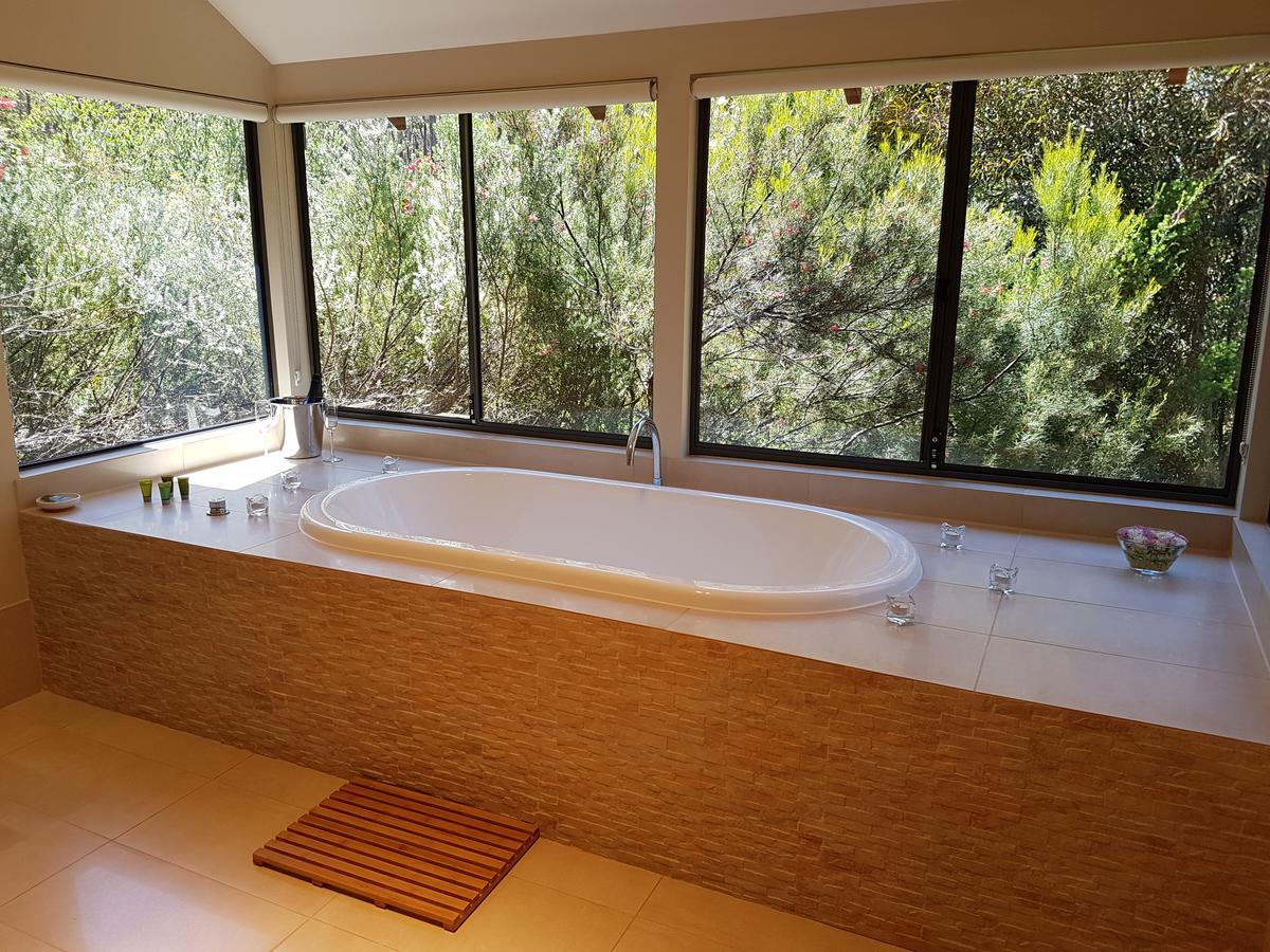 Jarrah Grove Forest Retreat - Accommodation Gold Coast