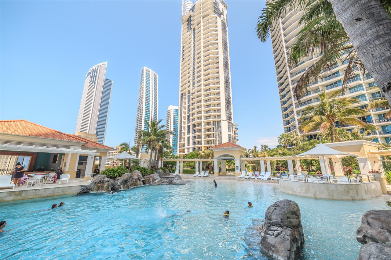 Towers of Chevron - Private Apartment - Accommodation Gold Coast